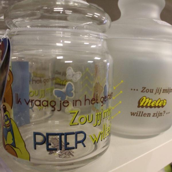 Peter of meter vragen glazen snoeppot