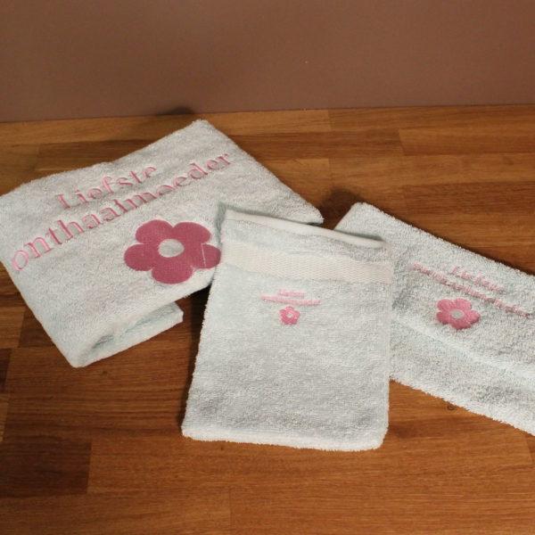 Liefste onthaalmoeder handdoek washandje bedrukt