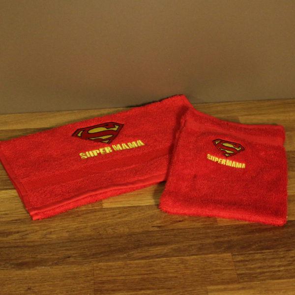 Moederdag supermama handdoek washandje tekst