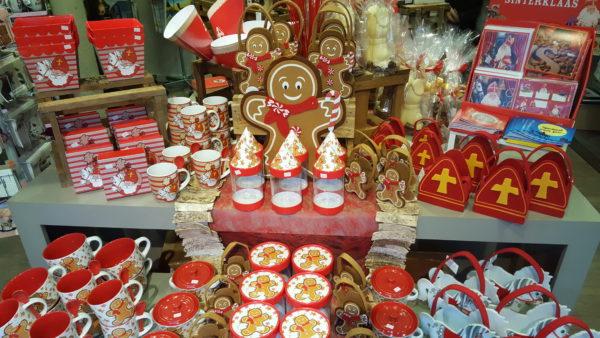 Sinterklaas Sint Maarten cadeauverpakkingen geschenken