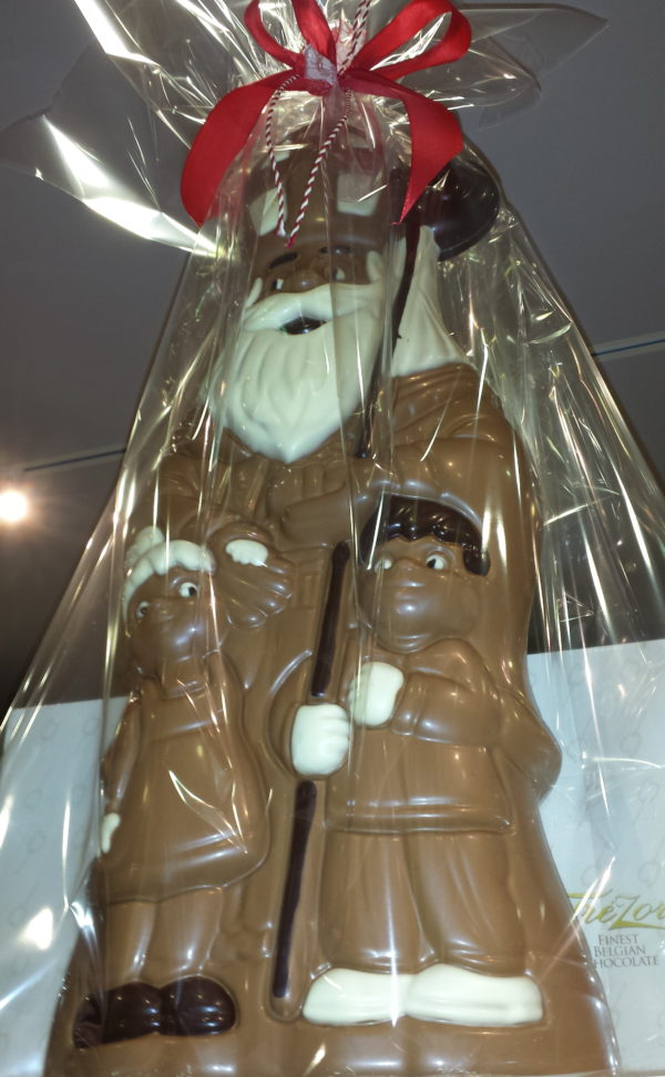 Sinterklaas grote chocoladen figuur