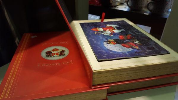 Sinterklaas zwarte piet grote boek puzzel