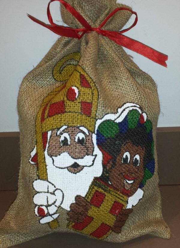 Sinterklaas zwarte piet zak zoetigheden