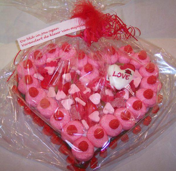 Valentijn snoeptaart hartvormig